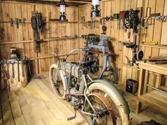 "Chief Blackhawk Antique Motorcycle Club Renews Sponsorship Support of Museum's ""Motorcycle Shop"" Exhibition. » National Motorcycle Museum"