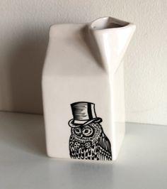 Dapper owl jug