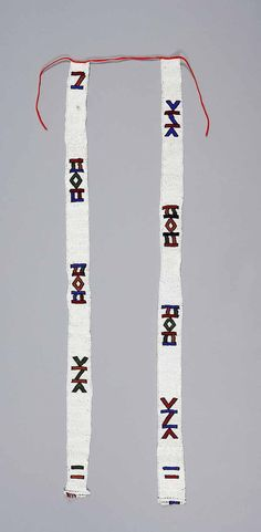 South Africa | Head ornament from the Ndebele people; glass beads and cotton.  | © UBC Museum of Anthropology. No. Ab353