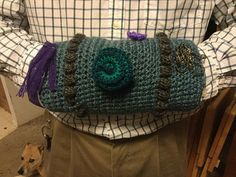 """Crocheted """"Twiddle Muff"""" to occupy hands of Alzheimer's Patients.  Free pattern"""