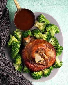 Paleo Crockpot Pork Shanks and Gravy - Paleo Flourish Recipes - Paleo Crockpot Recipes, Clean Recipes, Pork Recipes, Slow Cooker Recipes, Pork Shank Recipe Slow Cooker, Pork Shanks Recipe, Paleo Diet Food List, Pork Hock, Gravy