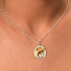 Horse Shoe Necklace. #Jewelry #customjewelry #Jewelryideas #handmadejewelry #bracelet #necklace #jewelryart #jewelryfashion #jewelrylovers #elegantjewelry #jewelryoftheday #jewelrystyle #jewelryinspiration #jewelrylover #pendant #pendants #pendantnecklce #pendantbracelet #barnecklaces #gift #gifts #womensfashion