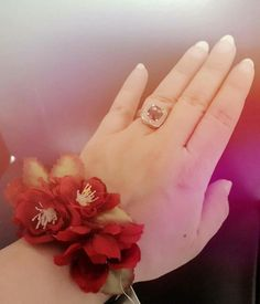 #Wrist corsage.#Wedding #accessories.#Brides and #bridesmaids.#Flowers for prom.New design from #Manal Solaiman@wardyfloral