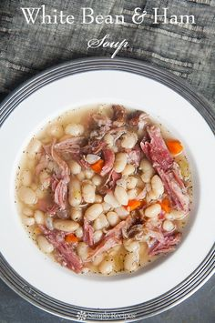 Hearty white bean and ham soup: white beans, ham shanks, onions, celery… Healthy Recipes, Soup Recipes, Cooking Recipes, Dinner Recipes, Ham Recipes, Healthy Soups, Hamburger Recipes, Barbecue Recipes, Ham And Bean Soup