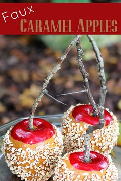 diy fall decor Quick and easy instructions for making faux caramel apples. A great addition to your DIY fall decor (how cute would these look sitting on a plate in your kitchen) and grea Apple Decorations, Autumn Decorations, House Decorations, Fake Cake, Fake Cupcakes, Food Crafts, Diy Crafts, Design Crafts, Decor Crafts