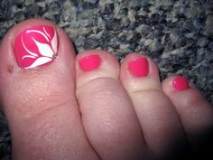 Cute Toenail Designs with Flower