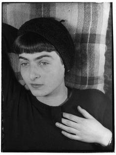 Grete Stern, Portrait Ellen Auerbach, ca. 1930 Bauhaus-Archiv Berlin