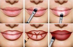 Lips full of make-up: this is how lip contouring and Lippen voller schminken: So gelingt es mit Lip-Contouring und Ombré-Lips! Full lips make up red light dark areas up - Lip Contouring, Contour Makeup, Makeup Art, Makeup Tips, Beauty Makeup, Eye Makeup, Makeup Ideas, Makeup Lipstick, Makeup Brushes