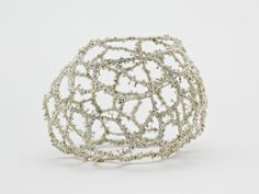 Sonia Morel: jewelry artist, could do this with pipe cleaners, 3D scuplture