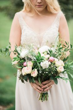 Garden Wedding - Boho bouquet for the boho bride! Sunkissed Blooms floral design photographed by Lyndsey A Photography at Ashley Inn in Kentucky. Wedding florals with lots of lush greenery and garden-inspired natural textures.