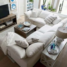 Best Small Living Room Ideas On a Budget 013 – DECORATHING