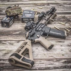 Let's send it into the weekend! forged lower, matching upper and flip up sights Assault Weapon, Assault Rifle, Tactical Rifles, Firearms, Tactical Wall, Tactical Survival, Weapons Guns, Guns And Ammo, M4 Airsoft