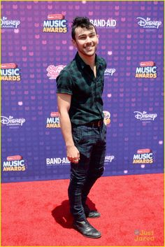 Max Schneider at the Radio Disney Music Awards 2016