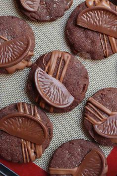 Chocolate Orange Shortbread Cookies - Jane's Patisserie Chunky Chocolate Chip Cookies, Terry's Chocolate Orange, Janes Patisserie, Shortbread Cookies, Vanilla, Chips, Baking, Desserts, Recipes