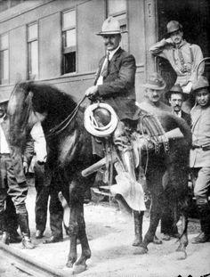 WikiMexico - Fierro, Rodolfo  Fierro, Rodolfo, (El Charay, Sin., 1880 - Nuevo…