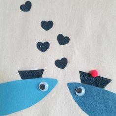 DIY: TOTE BAG SARDINES. Larguez les amarres, en route pour un petit DIY d'inspiration marine.