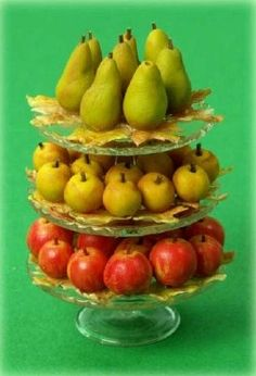 how to: apples and pears by Philippa Todd (AIM #17, page 74, click through to link)