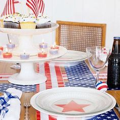 Try one or more of these festive tabletop and home decorating projects to show your patriotic colors.