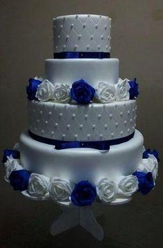 bolo casamento 4 and c pérolas fake falso cenográfico eva Royal Blue Wedding Cakes, Wedding Cakes With Cupcakes, Elegant Wedding Cakes, Beautiful Wedding Cakes, Wedding Cake Designs, Wedding Cake Toppers, Beautiful Cakes, Party Decoration, Wedding Decorations