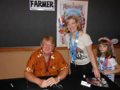 Voice of Goofy and Disney Legend Bill Farmer meeting with Fans