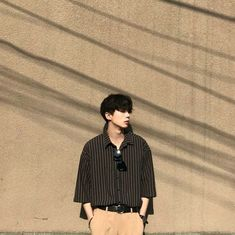 Learn About These Amazing korean fashion trends 6040 Korean Fashion Trends, Korean Street Fashion, Korea Fashion, Asian Fashion, Boy Fashion, Mens Fashion, Korean Male Fashion, Fashion Ideas, Style Masculin
