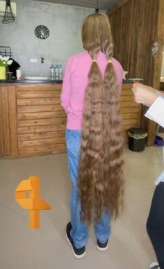 Long Hair Cuts, Long Hair Styles, Rapunzel Hair, Super Long Hair, Beautiful Long Hair, Thick Hair, Cut Off, Scissors, Hair Beauty