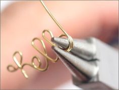 How to make words out of wire. Craft Tutorial: Wire Word Rings t14 #diyjewelry