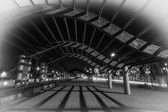 Curvas  #barcelona #colon #blackandwhite #architecture #shadow #city #night #nit #noche