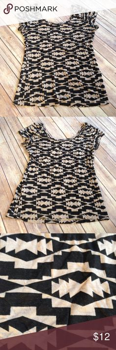 Black Patterned Top Cute black & grey patterned top from Charlotte Russe. Size L in juniors. Would fit women's medium. In great slightly used condition Charlotte Russe Tops Tees - Short Sleeve