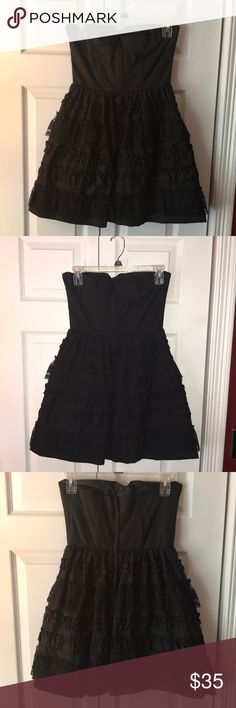 Strapless Formal Dress 💃🏻 Beautiful dress. Worn once or twice. Dresses Strapless