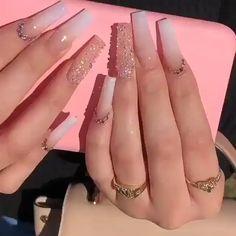Bling Acrylic Nails, Acrylic Nails Coffin Short, Square Acrylic Nails, White Acrylic Nails, Best Acrylic Nails, Rhinestone Nails, Rhinestone Nail Designs, Coffin Nails Glitter, Glittery Nails