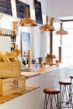 Bocadillo de Jamon y Champan Bar - Madrid