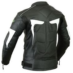 para hombre motociclista moto motocicleta lj2 w chaqueta de cuero con ce armaduras - Categoria: Avisos Clasificados Gratis  Estado del Producto: Nuevo con etiquetasMens Motorbike LJ2 Leather Jacket Features: Made from quality Cowhide Pro Leather CE approved removable Armour prEN 16211 at shoulders, elbow and back side Rubber padding at front side, back side and at sleeves YKK zips to the front and both to the sleeves 3M Scotlite Reflective Piping used that make more and better Road…