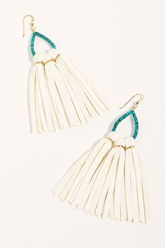 Leather Earrings, Stone Earrings, Women's Earrings, Diy Jewelry, Beaded Jewelry, Jewelry Making, Jewlery, Burgundy Bridesmaid Dresses Long, Leather Fringe