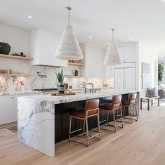 Modern Kitchen Design, Interior Design Kitchen, Home Decor Kitchen, Home Kitchens, Küchen Design, House Design, Waterfall Countertop, Waterfall Island, Cuisines Design