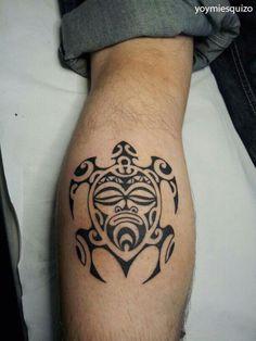 tattoo de soleil et vagues maori avec un dauphin r alis. Black Bedroom Furniture Sets. Home Design Ideas