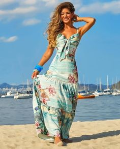 Swans Style is the top online fashion store for women. Shop sexy club dresses, jeans, shoes, bodysuits, skirts and more. Cute Summer Dresses, Beach Dresses, Cute Dresses, Summer Outfits, Floral Fashion, Boho Fashion, Fashion Dresses, Womens Fashion, Beautiful Outfits