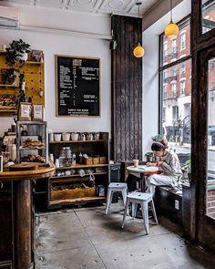 Alternative brewing cafe interior, coffee shop и coffee. Cozy Coffee Shop, Small Coffee Shop, Coffee Shop Design, Rustic Coffee Shop, Coffee Shops, Italian Interior Design, Cafe Interior Design, Cafe Design, Design Design