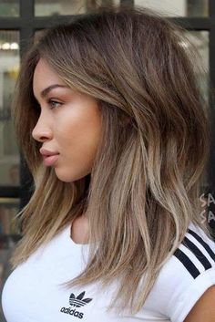 Cute Hairstyles for Medium Length Hair picture 2