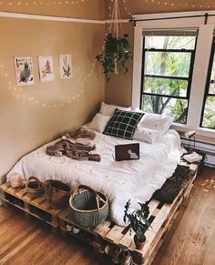 Beautiful cozy bedroom is designed and photographed by ., Beautiful cozy bedroom is designed and photographed by . Beautiful cozy bedroom is designed and photographed by. Bedroom Loft, Bedroom Inspo, Dream Bedroom, Master Bedroom, Bedroom Retreat, Modern Bedroom, Master Suite, Earthy Bedroom, Bedroom Table