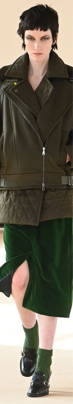 Max Mara Fall 2021 RTW Max Mara, Couture Fashion, Catwalk, Fall Winter, Feminine, Leather Jacket, Coat, Jackets, Clothes