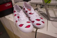 Vans makeover Converse, Vans, Sneakers, Shoes, Fashion, Tennis, Moda, Slippers, Zapatos