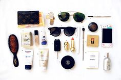 Silk Orchids & Chandeliers by Emily Faulstich :: This Is Glamorous What In My Bag, What's In Your Bag, Purse Essentials, Travel Essentials, Beauty Secrets, Beauty Hacks, What's In My Purse, Silk Orchids, All Things Beauty