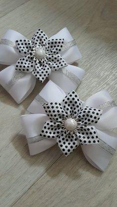 Ideas diy baby headbands and bows ribbon Ribbon Hair Bows, Diy Hair Bows, Diy Bow, Ribbon Work, Diy Baby Headbands, Baby Bows, Barrettes, Hairbows, Hair Bow Tutorial