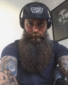 """bugsy99: """"Source: instigram.com This is my dream beard. A NEW PHOTO! ABSOLUTELY IN MY TOP FIVE LIST OF THE BEST BEARDS A MAN CAN GROW. A MUST LIKE AND REBLOG FOR ALL BEARD LOVERS! """""""