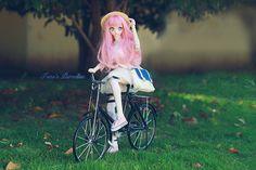 BJD [mini bike]  - Taobao Wooden Dollhouse Kits, Dollhouse Miniatures, Vespa Models, Pink Bike, Black Packaging, Metal Models, Dollhouse Accessories, Distressed Painting, Shabby Chic Cottage