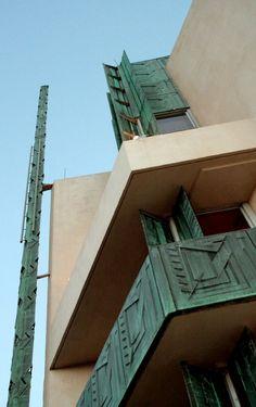 Price Tower / Frank Lloyd Wright