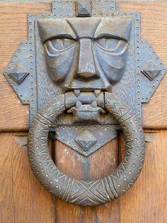 Door Knobs And Knockers, Knobs And Handles, Door Handles, Medieval Door, Door Detail, Entry Way Design, Classic Architecture, Door Accessories, Unique Doors