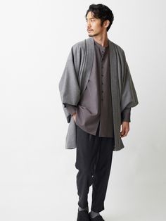 The newly released fall clothing line from Tokyo-based clothing store, Trove, allows you to channel your inner samurai with chic and contemporary style. Al