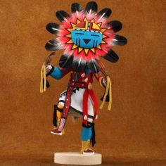 Sunface Kachina Doll is Navajo carved & painted with an elaborate & colorful headdress & a vividly painted body. Native American Women, Native American Artists, American Indians, Love And Respect, Western Art, Vintage Dolls, Navajo, Aztec, Nativity